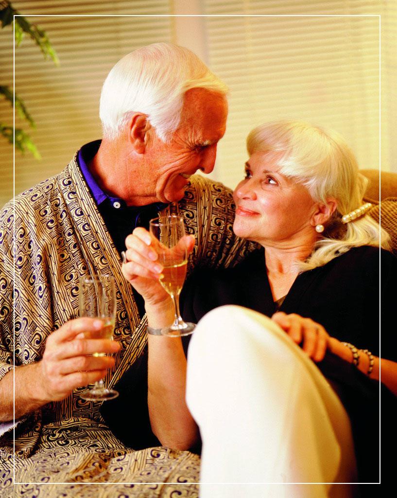 Любовь в эротич онлайн старушки